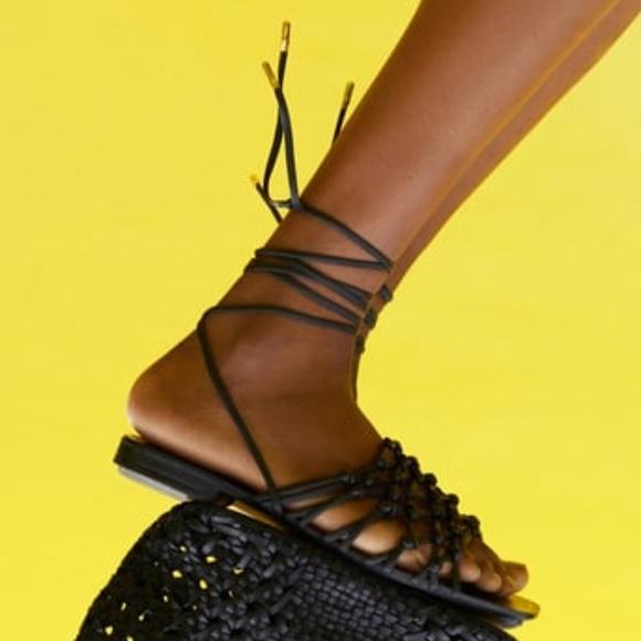 NWT Zara Women's Tied Braided Leather Flat Sandals
